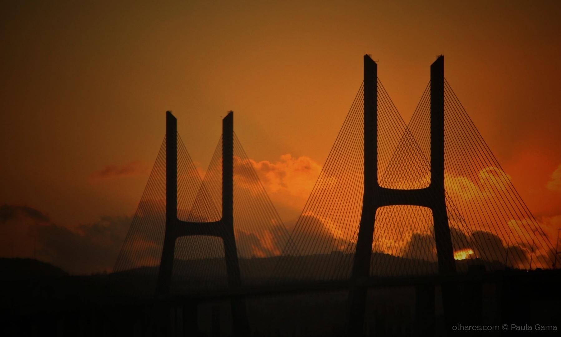 Gentes e Locais/A ponte...
