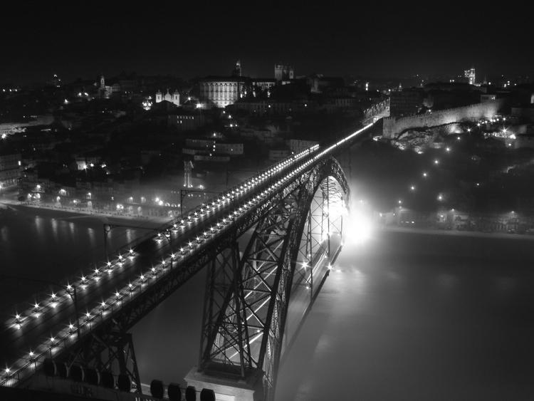 Paisagem Urbana/Luz no fim da ponte