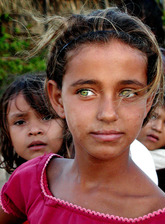 Gentes e Locais/olhos verdes
