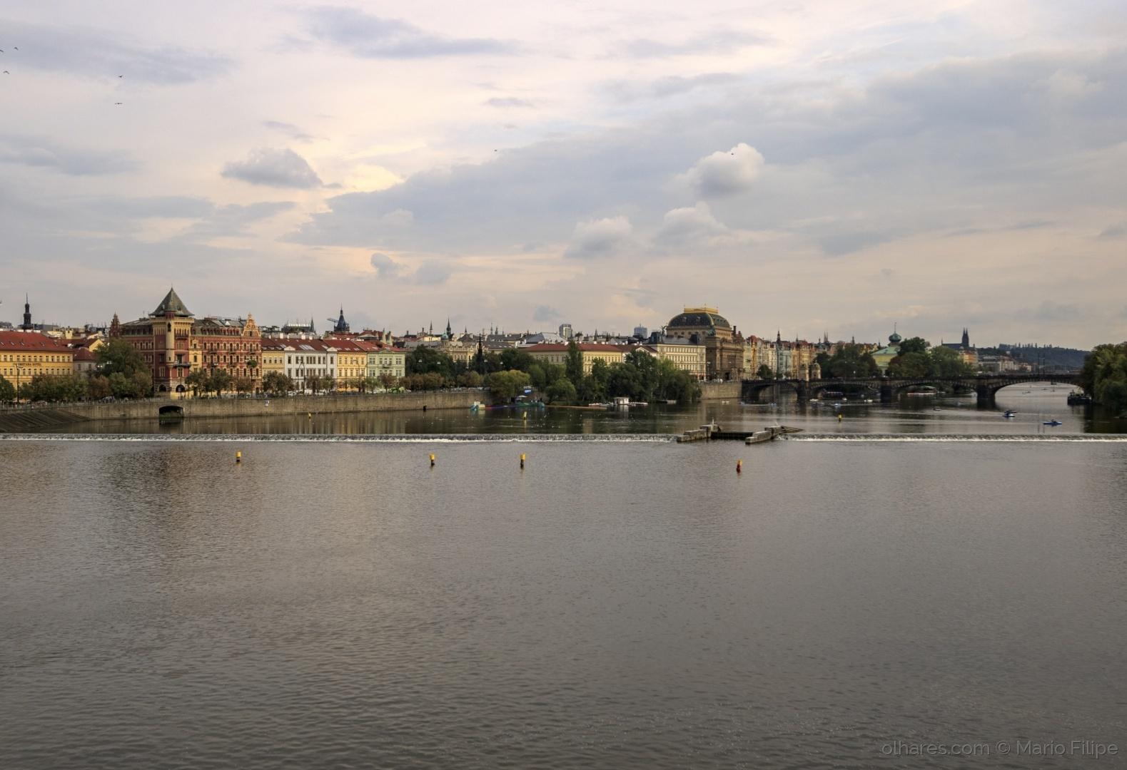 Arquitetura/The light of Prague