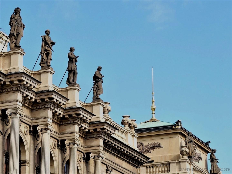 Arquitetura/Estátuas