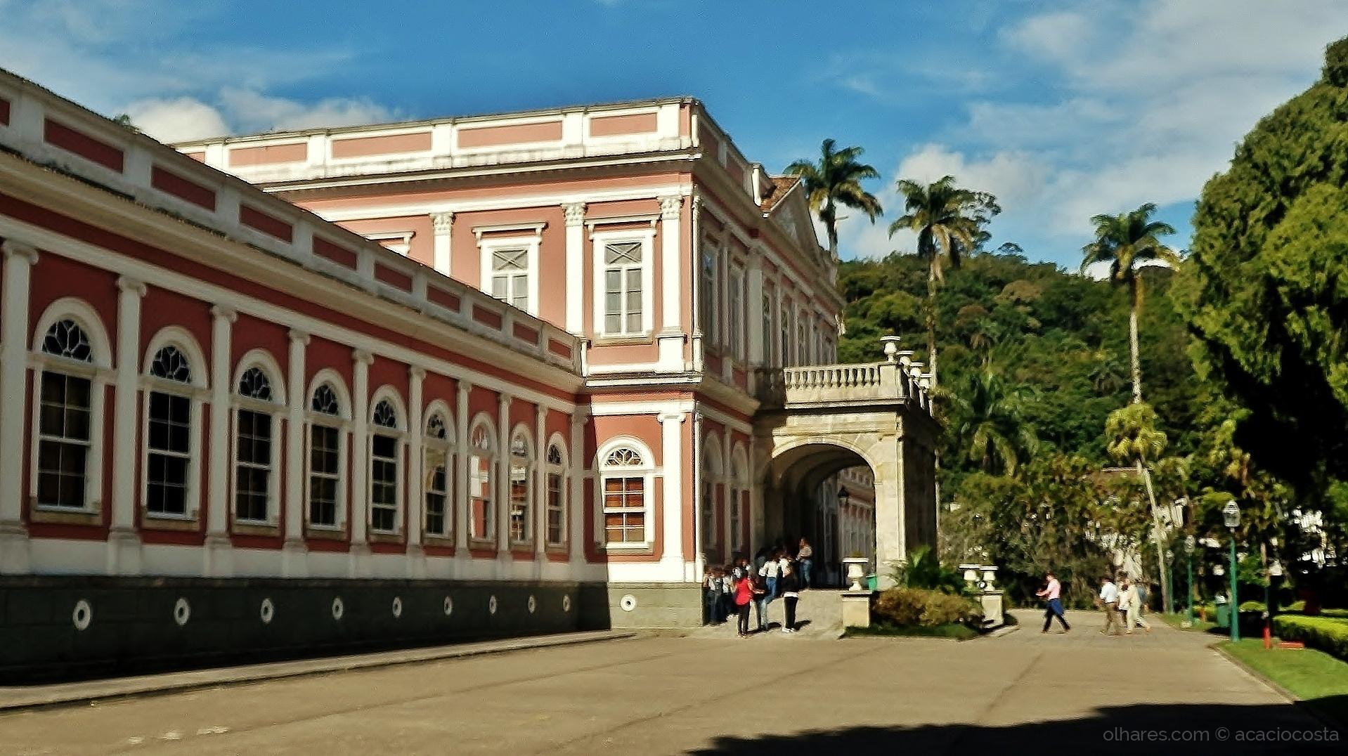 Paisagem Urbana/Palácio Imperial D. Pedro II - Petrópolis