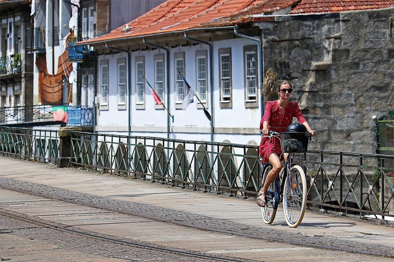 Paisagem Urbana/De bicicleta em Miragaia (Porto )