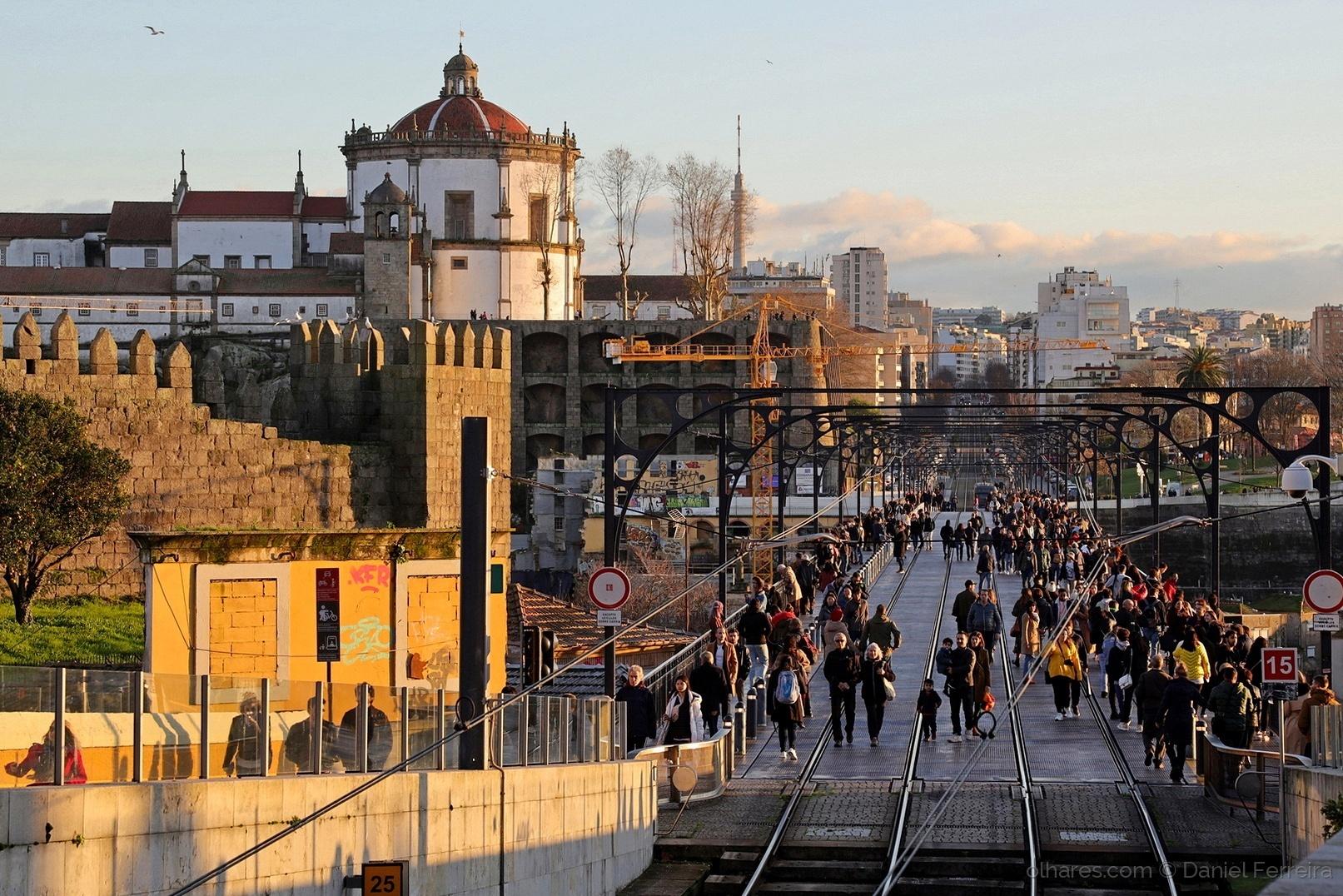 Gentes e Locais/Tabuleiro Superior da Ponte D. Luis I