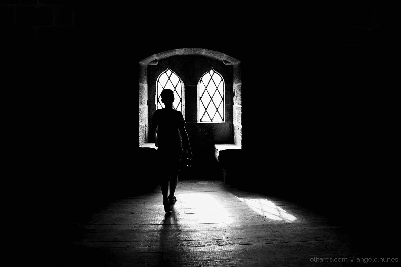 Outros/Towards the light...