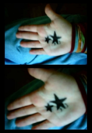 Outros/hand with stars