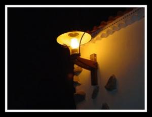 /Na noite, algo se acende...