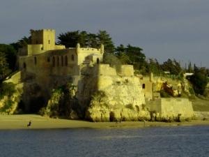 /Castelo sobre o Arade