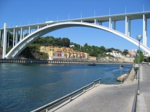 /Ponte da Arrabida Porto/Gaia