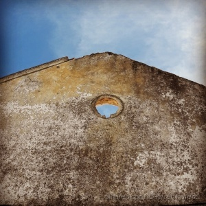 """Arquitetura/"""" The hole in fading life """""""