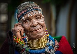 Retratos/Saúdo todas as Mulheres do Mundo...