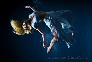 /Free Falling