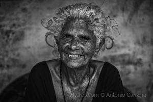 Retratos/Texturas de um sorriso