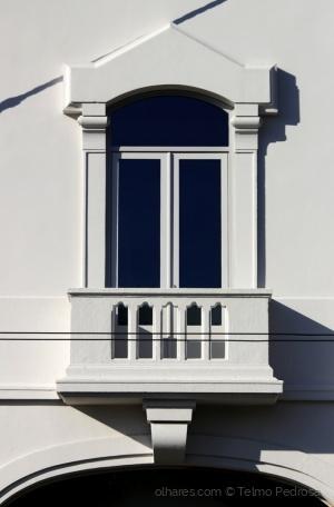 Arquitetura/As sombras da janela