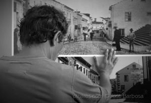 Fotografia de Rua/A man between the past and the present