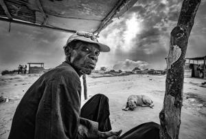 Gentes e Locais/O silêncio da tempestade