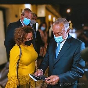 Fotojornalismo/Ofereçi minhas máscaras com fé!