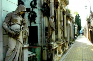 Gentes e Locais/cemitério da recoleta (1)