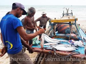 Gentes e Locais/O mar quando quebra na areia...