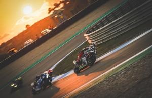 Desporto e Ação/Racing in the Sunset