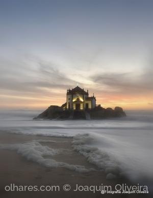 Paisagem Natural/Capela do Senhor da Pedra - Gaia