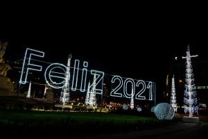 Gentes e Locais/Desejando um feliz 2021 para todos.