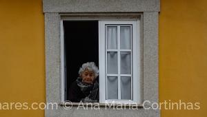 /Na janela da solidão....     (Pf ler)