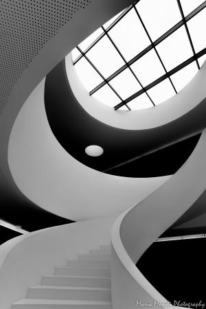/a Escadaria : espaço , formas e movimento (s)