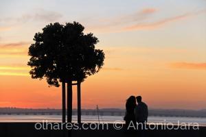 /ROMANCE COM AS CORES DO OCASO ( Dia dos Namorados