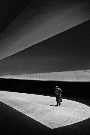 /Modern architecture and man