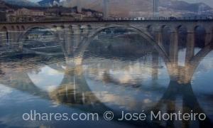 Arquitetura/as pontes da Régua