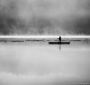 Outros/a Luz , a Lagoa e o Barqueiro