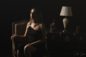 Retratos/Alone in the Dark