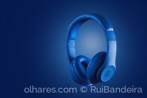 Outros/Headphones azuis