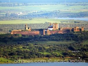 /Castelo da Vila de Mourão - Alentejo