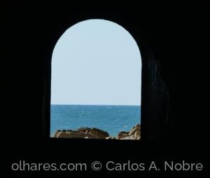 Outros/Uma luz ao fundo do Túnel