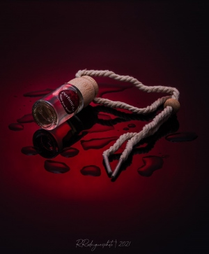 Outros/Perfum Auto Red