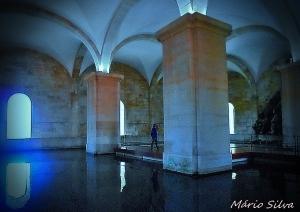 / Lisboa. Aqueduto, Cisterna das Amoreiras