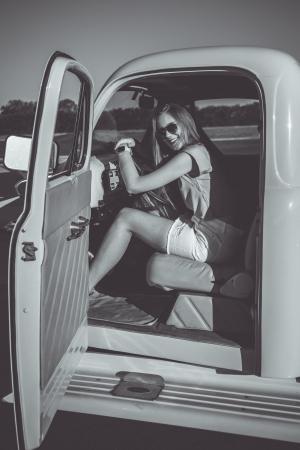 Moda/Driver Girl