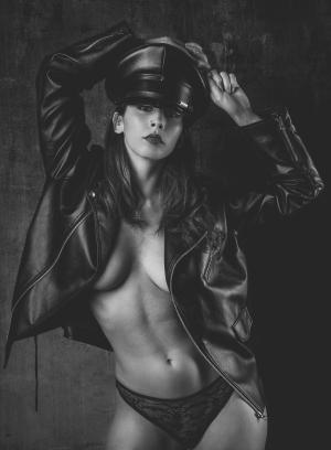 Retratos/Nu Artístico