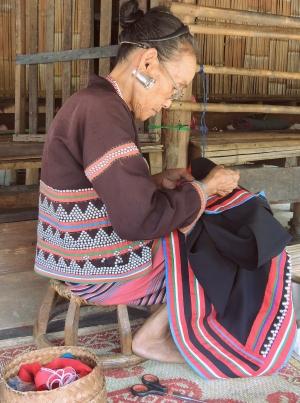 Gentes e Locais/Retratos do Oriente (Tailândia) 10/18