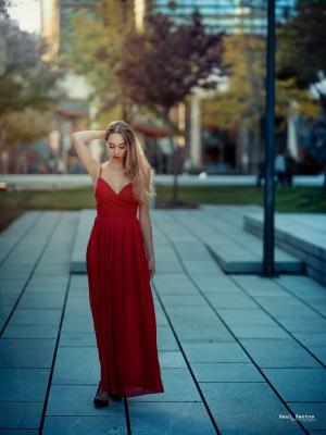 Retratos/Red dress