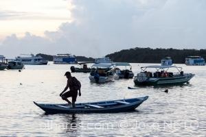 Gentes e Locais/hora de secar o barco..