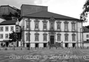 Gentes e Locais/Largo da Sé e Teatro Ribeiro Conceição (Lamego)
