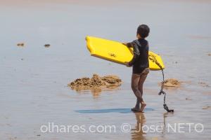 Desporto e Ação/o mar é azul, minha prancha é amarela!..