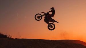 Gentes e Locais/O motoqueiro