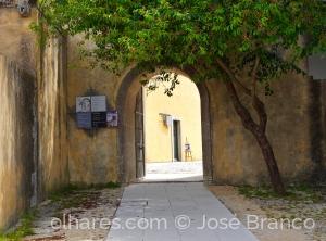 """Gentes e Locais/""""Entrada do Castelo de Palmela.."""""""