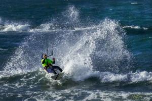 Outros/Kitesurfing
