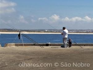 /Á Pesca