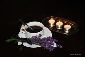 Outros/Coffee time!